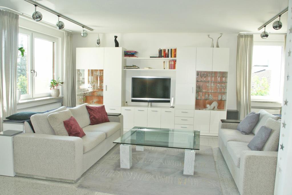 wohnen mit stil und weitblick penthousewohnung im beliebten reutlinger schanzgebiet 5379. Black Bedroom Furniture Sets. Home Design Ideas