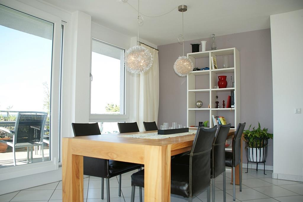 sonne pur und weitblick bis nach t bingen 3 5 zimmer penthouse in reutlingen 5434 aus reutlingen. Black Bedroom Furniture Sets. Home Design Ideas