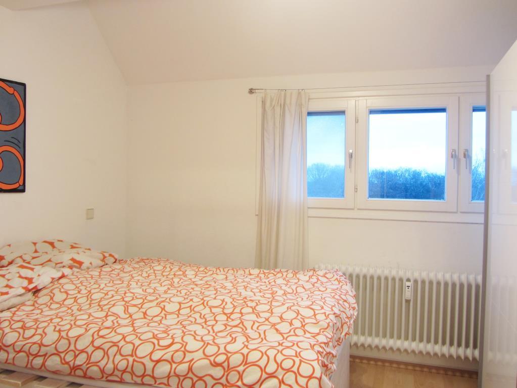 langfristig sicher investieren 2 zimmer dg wohnung in t bingen who t 3689 aus t bingen. Black Bedroom Furniture Sets. Home Design Ideas