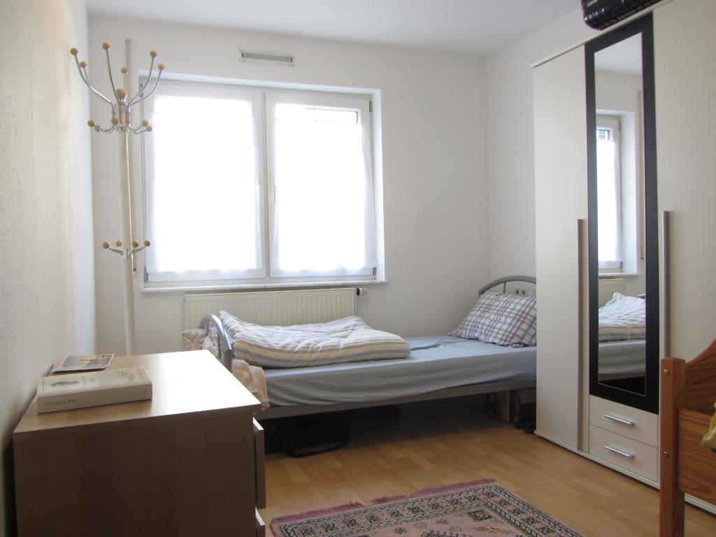 langfristig sichere ertr ge 2 zi wohnung in t bingen hirschau t 3717 aus t bingen. Black Bedroom Furniture Sets. Home Design Ideas