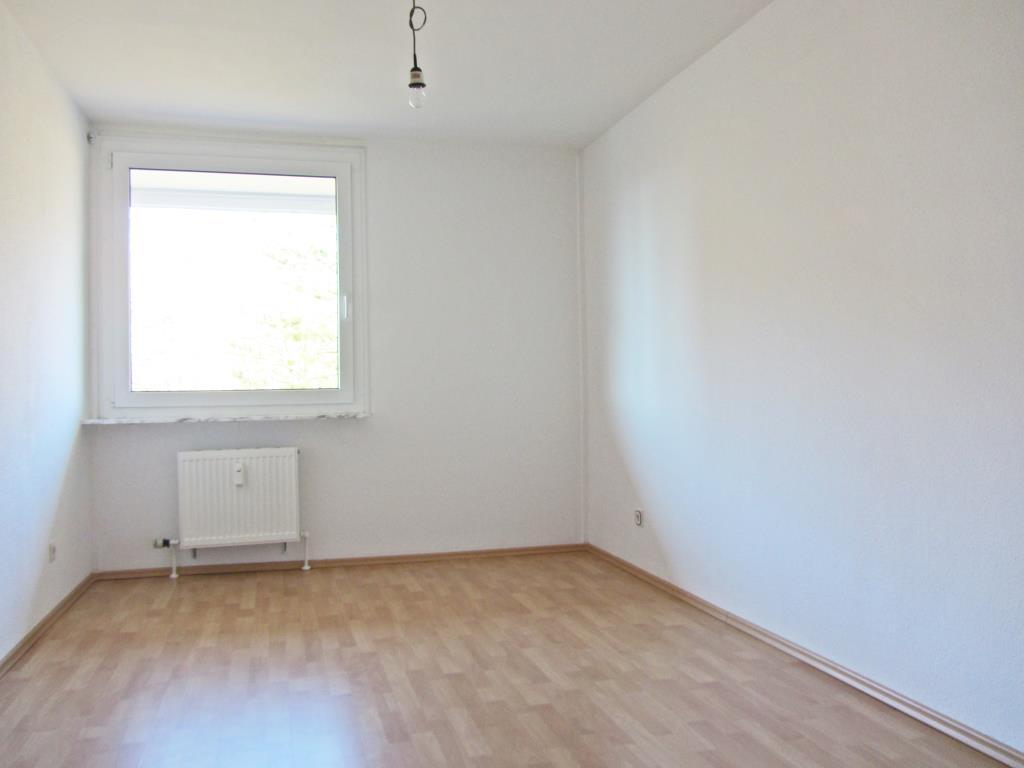 ger umige 4 zimmer wohnung am stadtrand von reutlingen. Black Bedroom Furniture Sets. Home Design Ideas